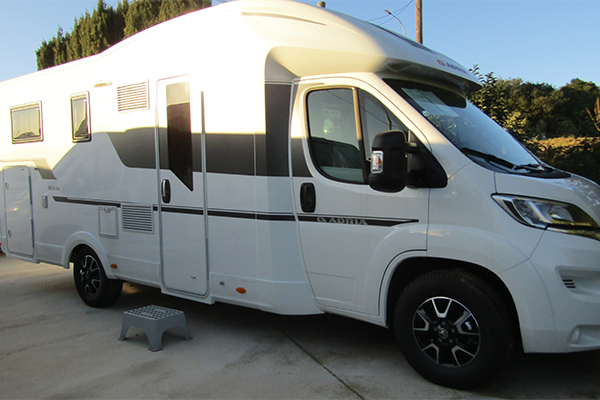 ADRIA MATRIX AXESS 670 SL 2020