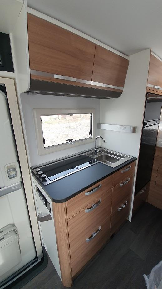 ADRIA CORAL XL AXESS 600 DP 2021